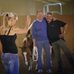 Teambuilding: Die Kursteilnehmer gelangen gemeinsam zum Ziel